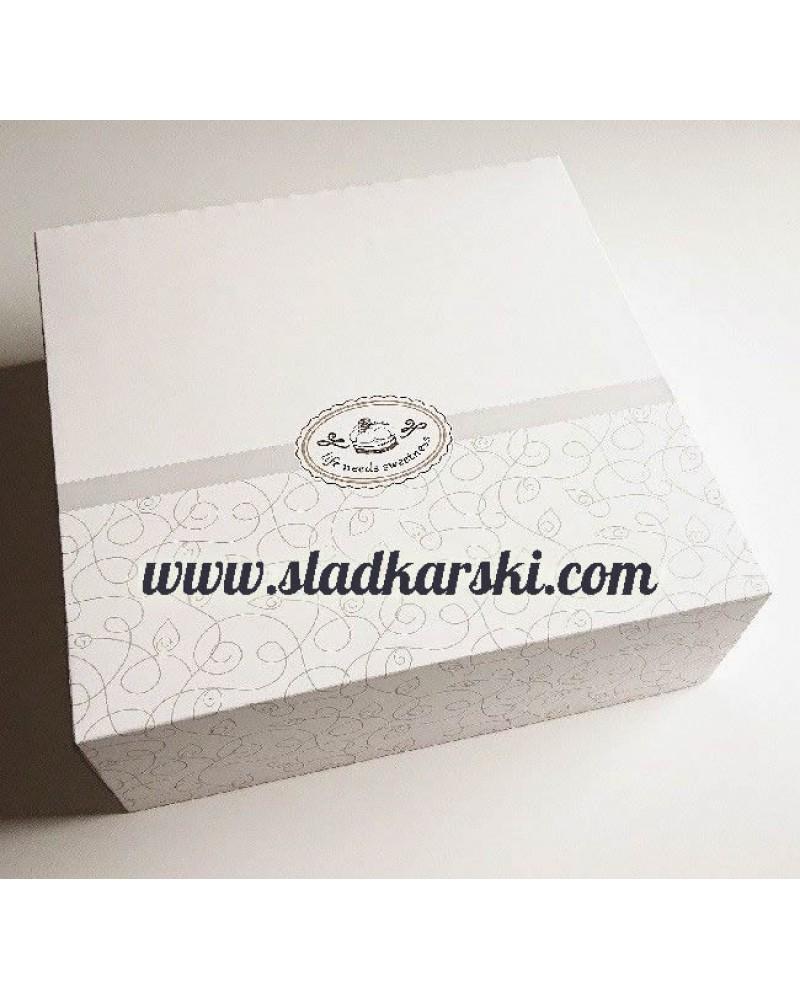 кутия  за торта бяла 30*30*10 см