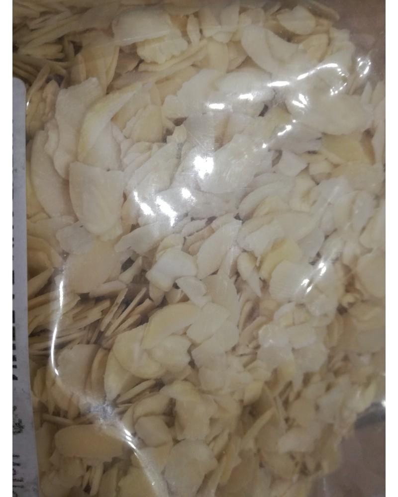 1 kg филиран бадем